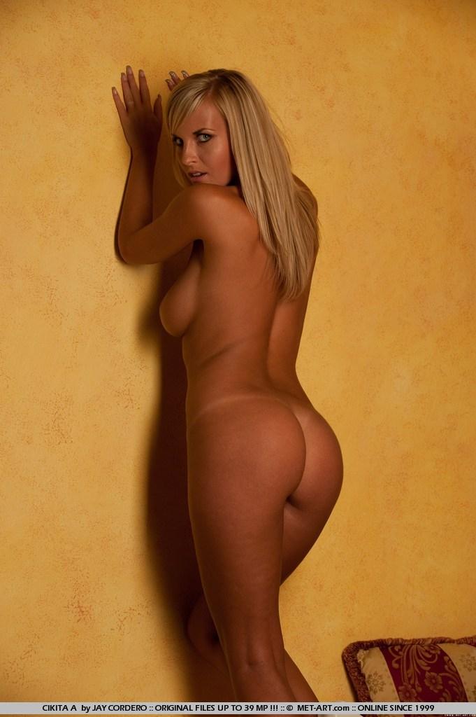 Desire cordero nude