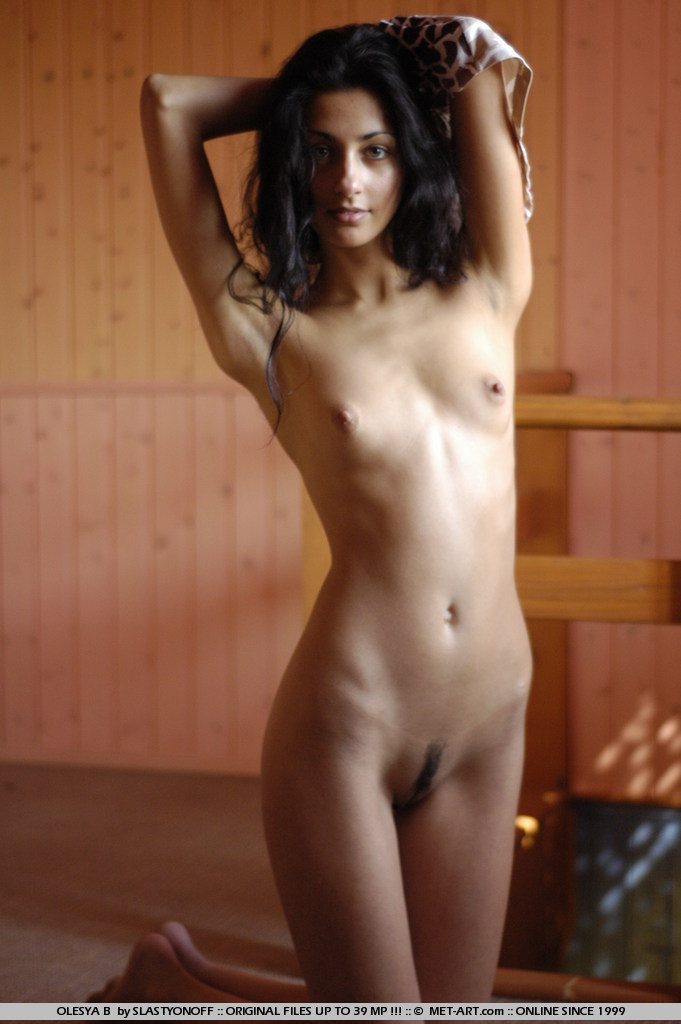 domai free galleries and videos at ErosBerry