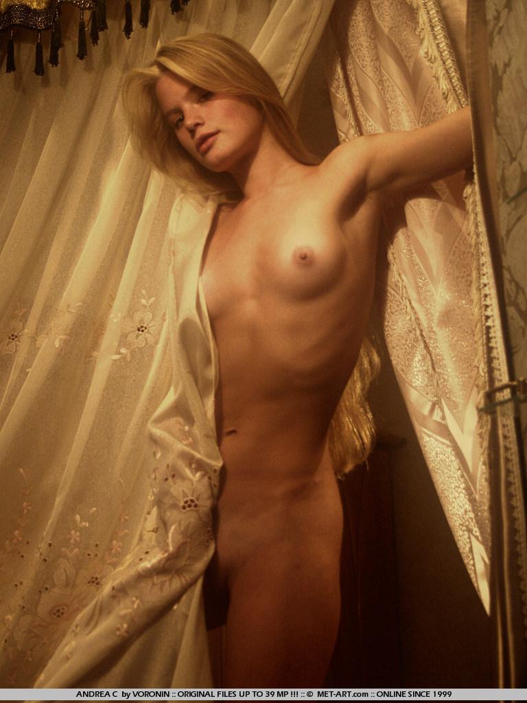 Zeig uns deine brüste