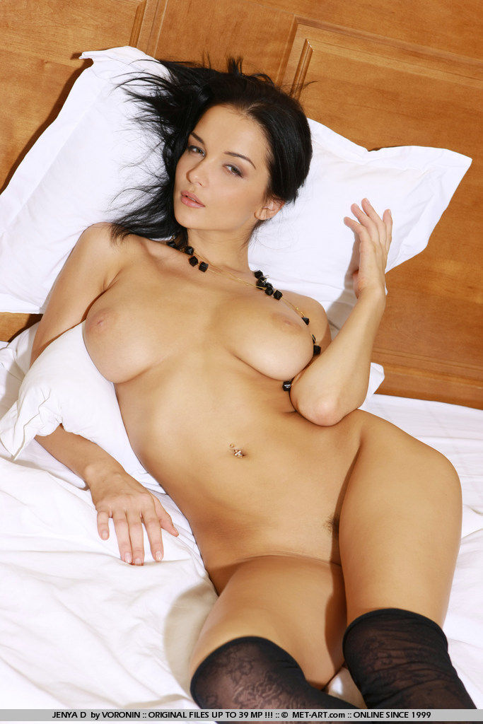 Dark hair and large natural breast on this goddess will have you coming back all night.