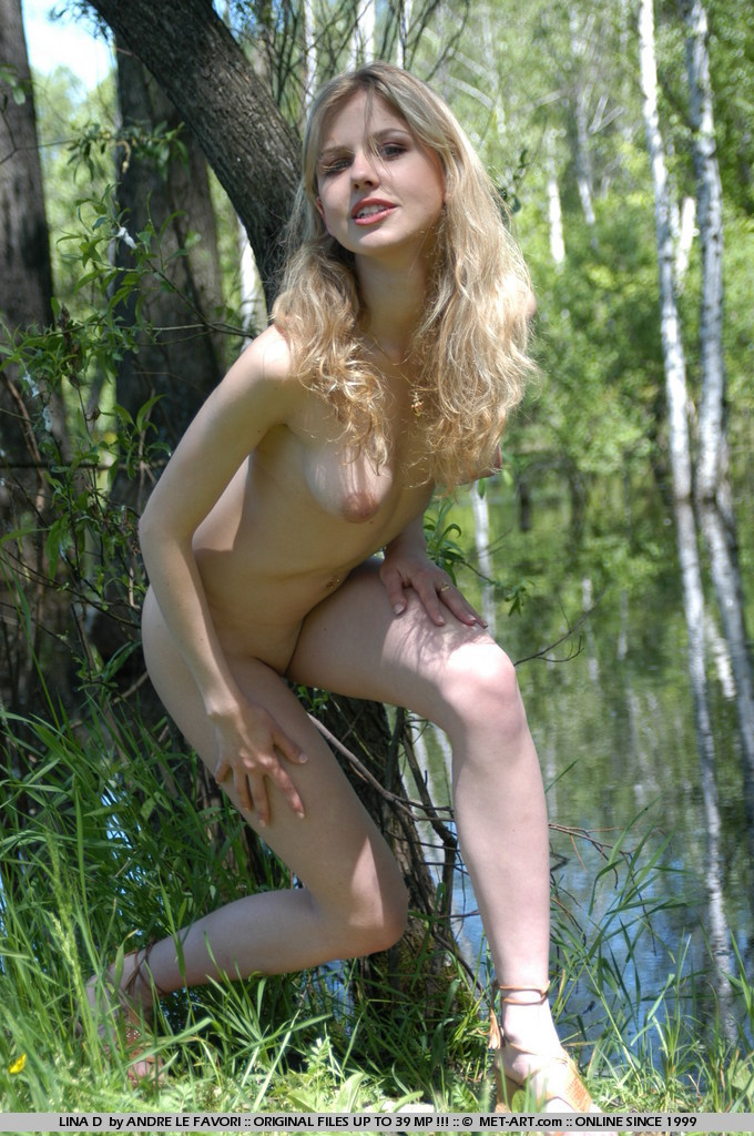 Snow white forgets her clothes but goes out into the woods anyways.
