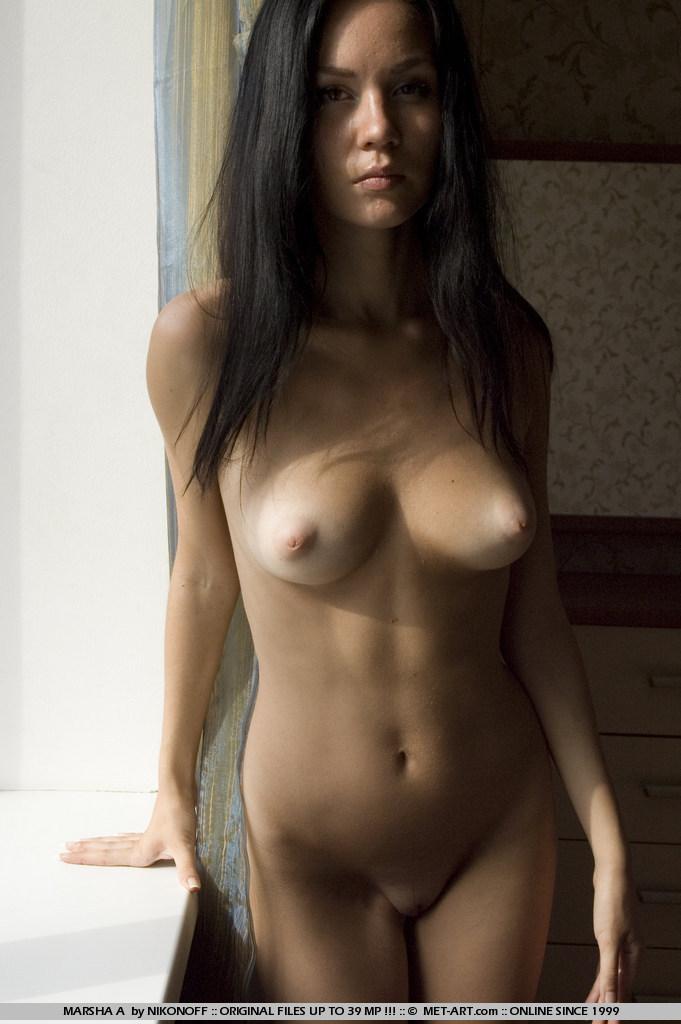 фото девушек брюнеток красивых голых