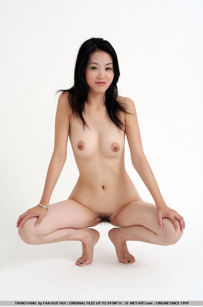 正面全裸写真 5枚目->画像>957枚