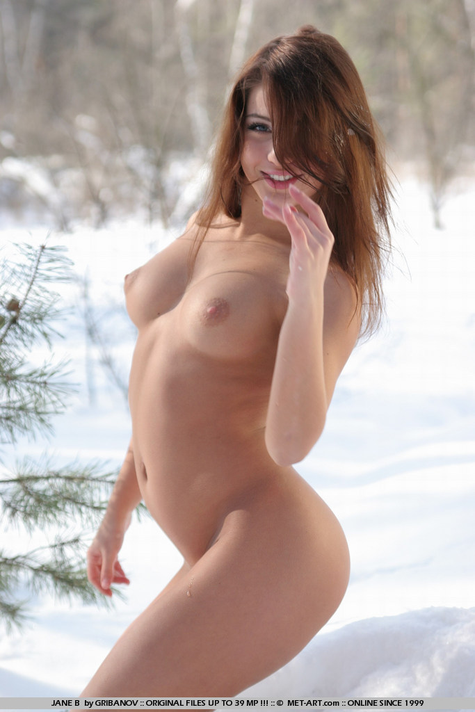 Hot new full model Jane strips completely nude and cools off in the snow.