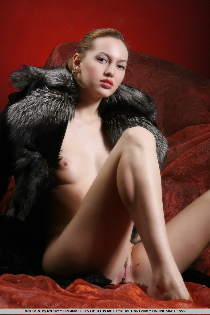 Red lips and pink nipples on this petite model as she spreads out her legs and lets the good times happen.