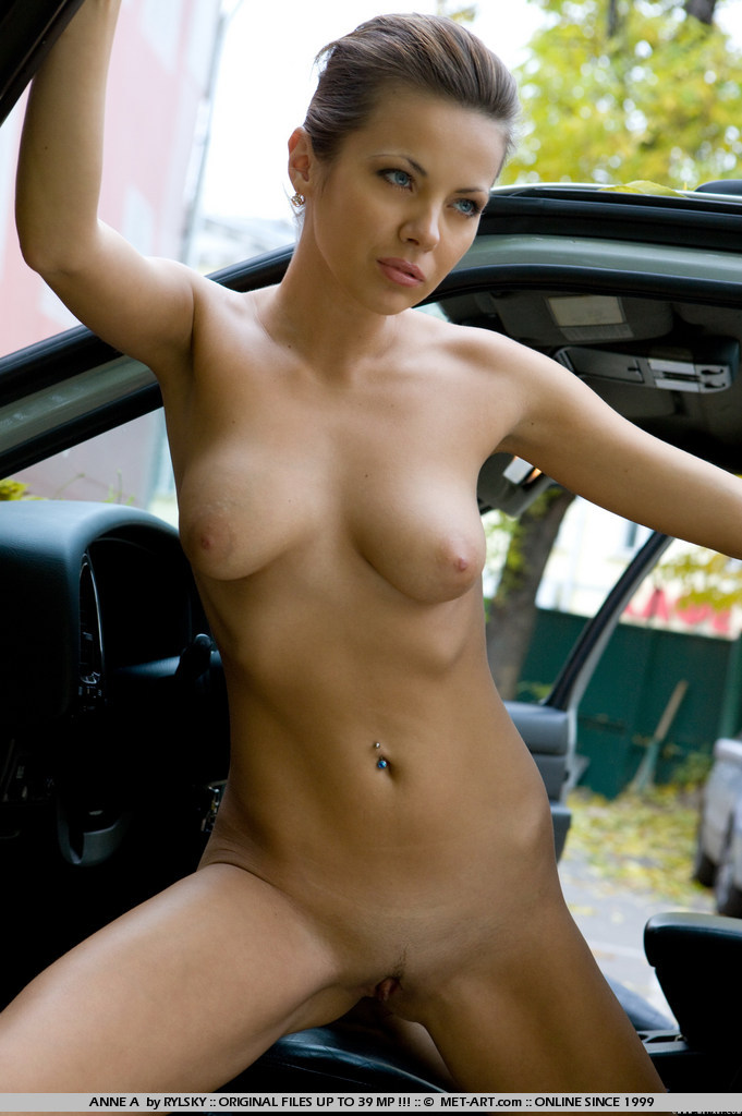 Time for our models to test drive this truck, but she can t keep her clothes on..