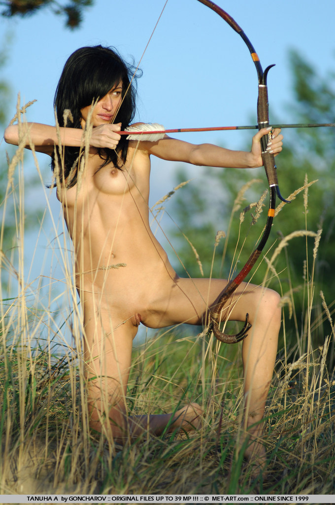 Sex naked woman doing archery raye nude modeling